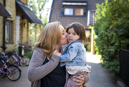 Josefine med dottern Olivia