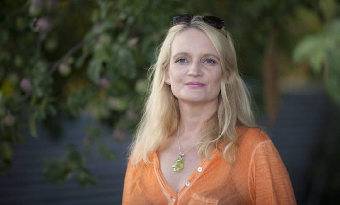 Kombinationsbehandlingen med sköldkörtelhormonen T4 och T3 har gett Helle Sydendal ett normalt liv igen!