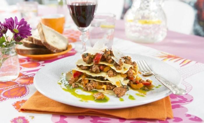 Öppen lasagne med mustig lammfärs