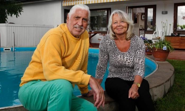 Tina Teljstedt är tacksam över att hon fick hem maken Jarl från intensiven efter att länge ha pendlat mellan hopp och förtvivlan.