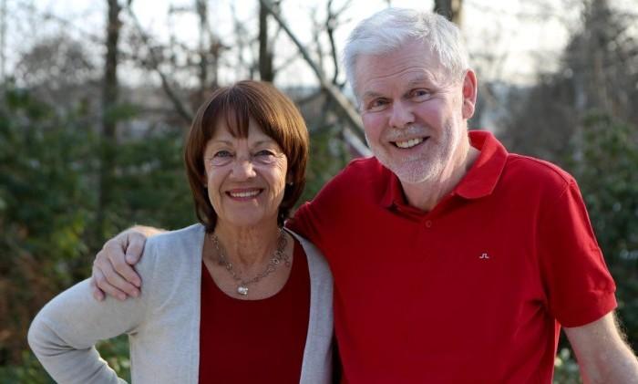 Efter behandling med immunterapi har Kents tumörer försvunnit. Nu lever vi i nuet och njuter av det, säger Kent och Margareta.