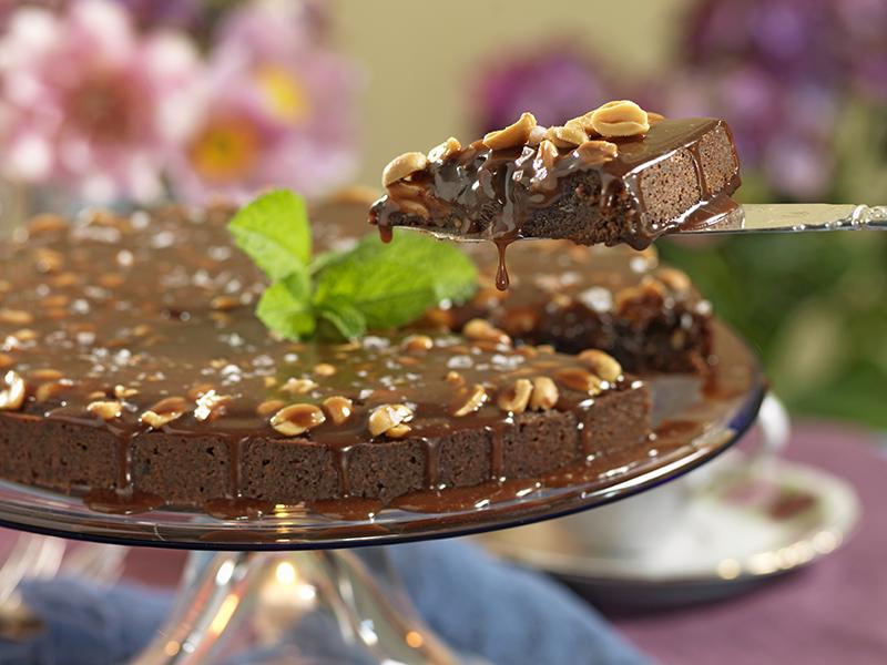 Choklad- och jordnötskaka