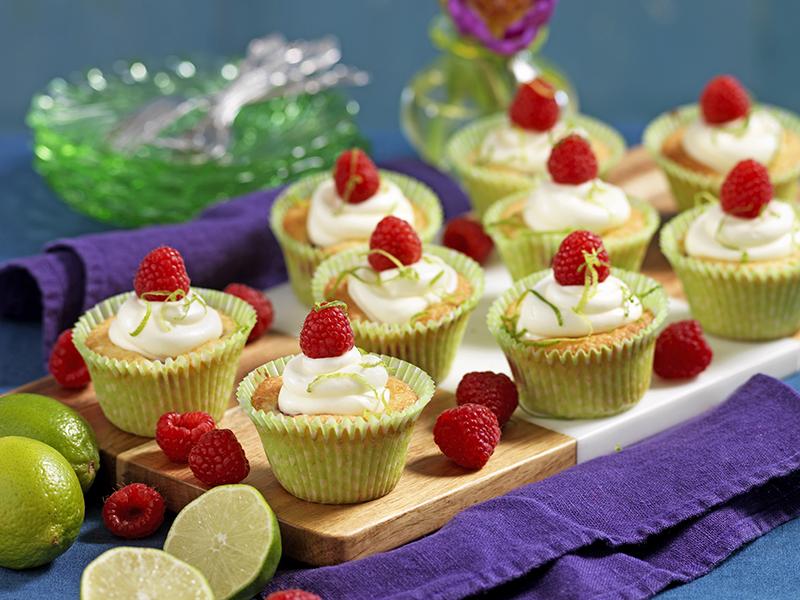 Hallonmuffins med limefrosting