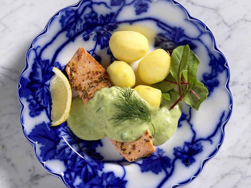 Laxfilé med grön ärtsås