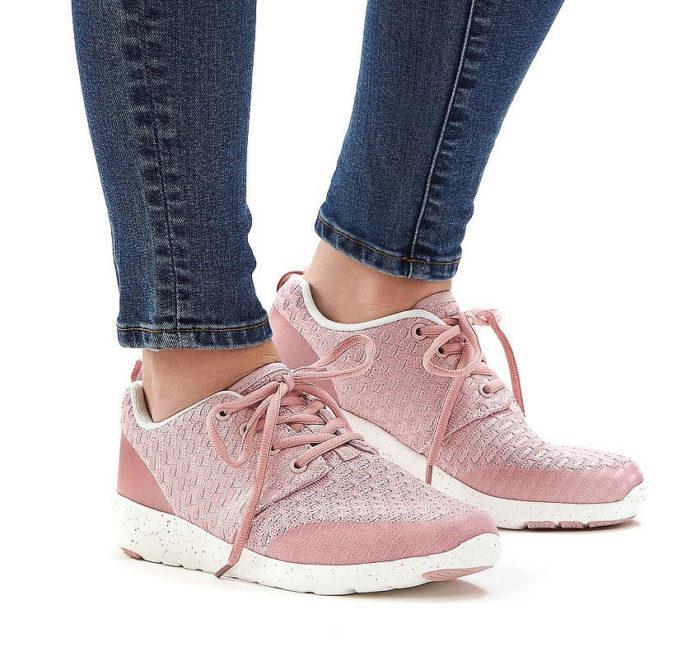 Vårskor 2018: Rosa sneakers från Ellos