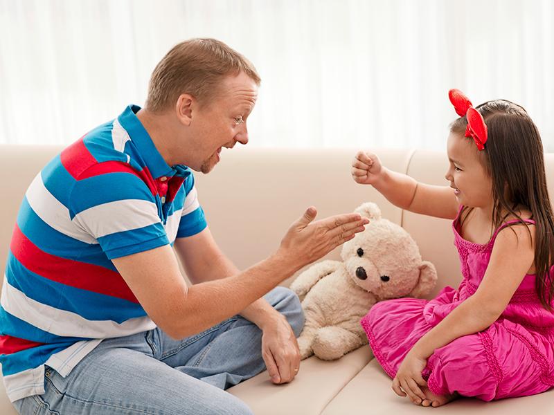 Äntligen fick Lennart bli pappa. Han och hans fru adopterade en liten flicka från Sydkorea.