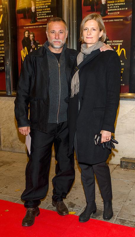 Michael Nyqvist och Catharina Nyqvist Ehrnrooth på Galapremiären av Macbeth på Maximteatern i Stockholm i november 2016.