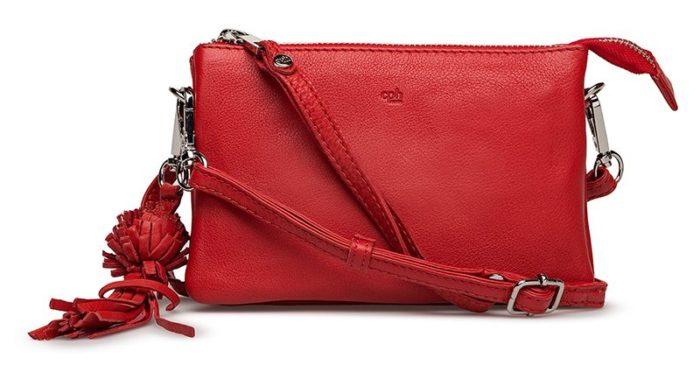 Röd skinnväska med tofs från Adax