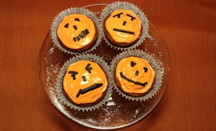 Halloweencupcakes - kul höstlovspyssel
