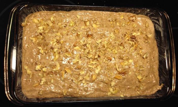 Glutenfria kanelrutor med valnötter i långpanna