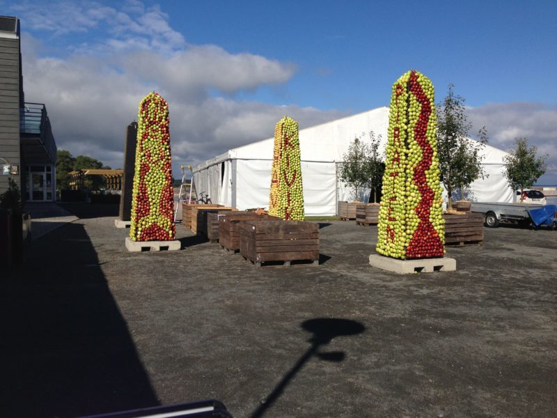 Äppelobeliskerna i Kivik 2017