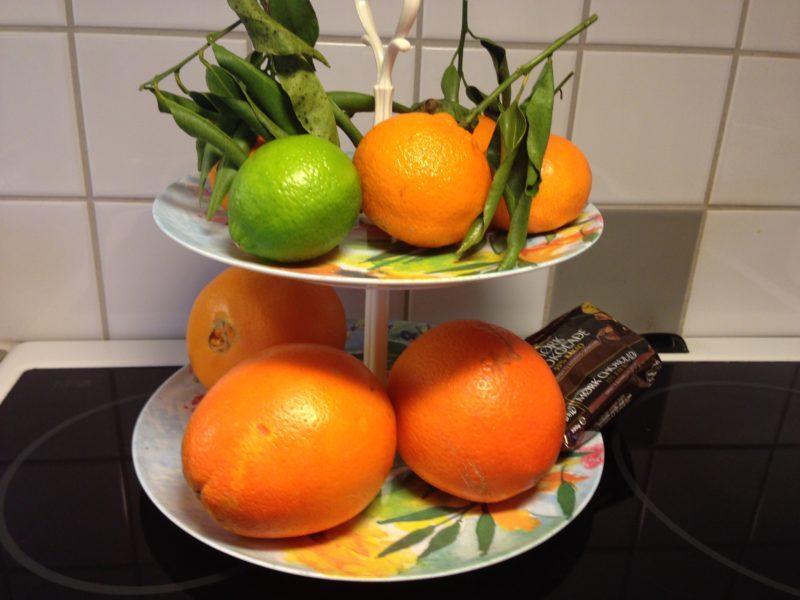 Nötmarängrulle med chokladtryffel och apelsin