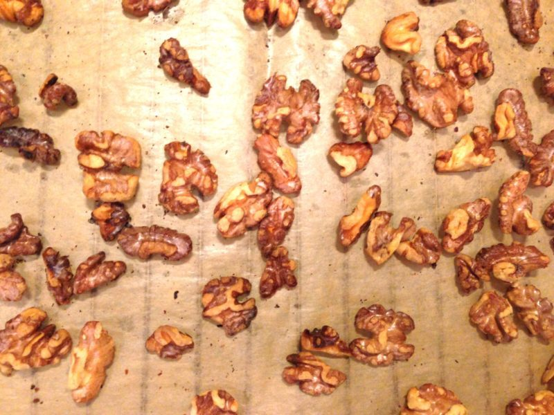 Dinkelbröd med blåbär, valnötter och honung