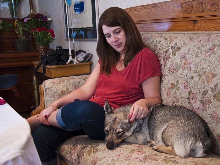 Min Stephanie var en trevlig bekantskap. Hon kan klia mig väldigt skönt på örat. Men hon luktade katt!